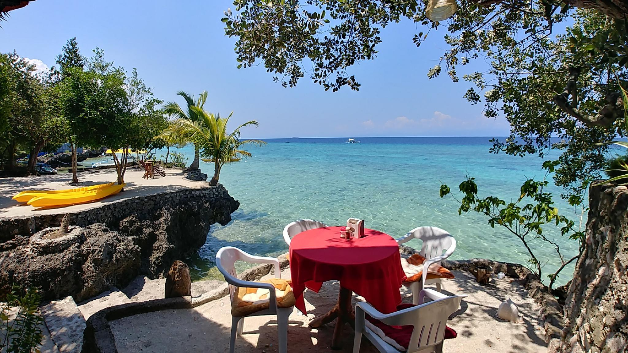 Moalboal T Breeze Coastal Resort