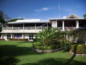 Coastwatchers Hotel
