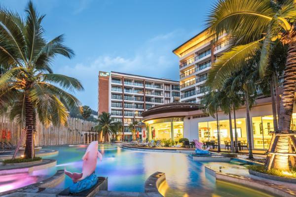 The Beach Heights Resort เดอะ บีช ไฮทส์ รีสอร์ท
