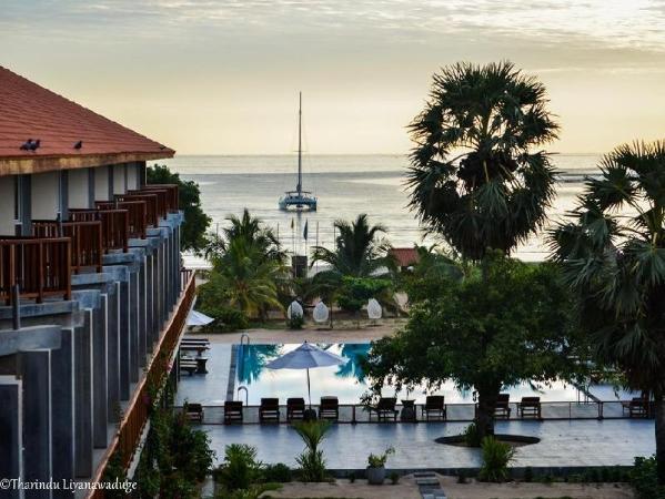 Marina Pasikudah Beach Hotel Pasikuda
