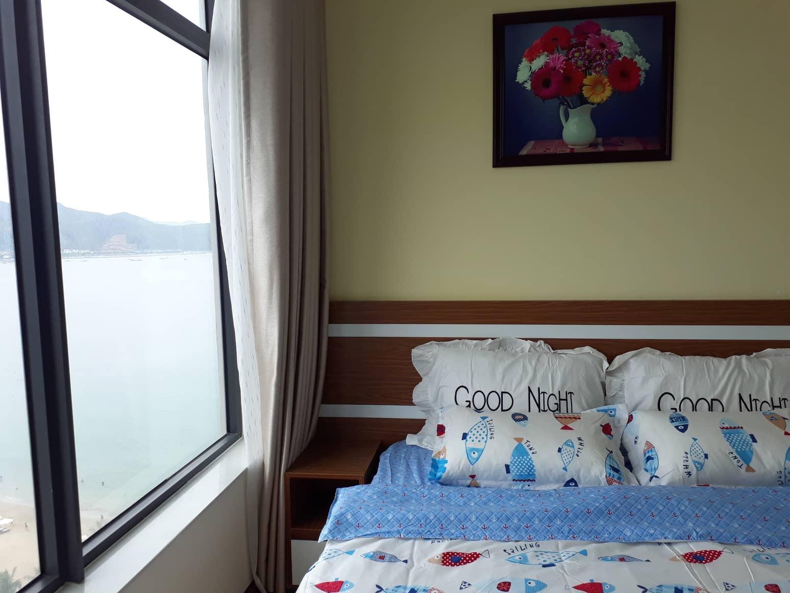 Sea And Fish Apartment At Hon Chong Beach.