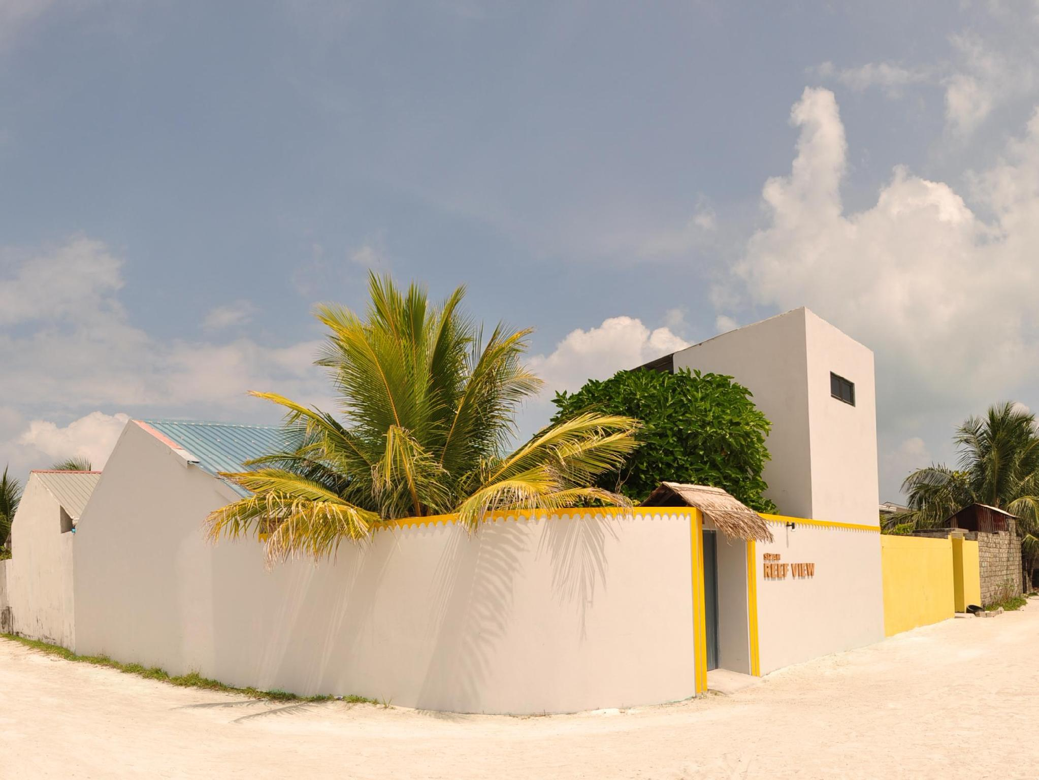 Sizam Reef View Guest House