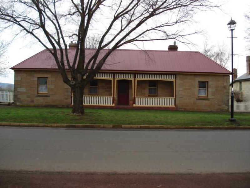 Christopher Halls Colonial Accommodation