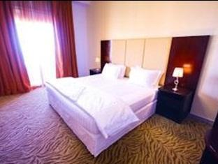 Rose Garden Hotel Suites