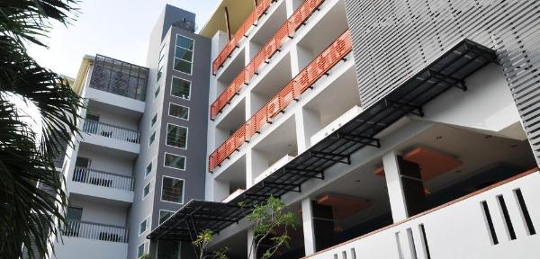 AM Surin Place Phuket