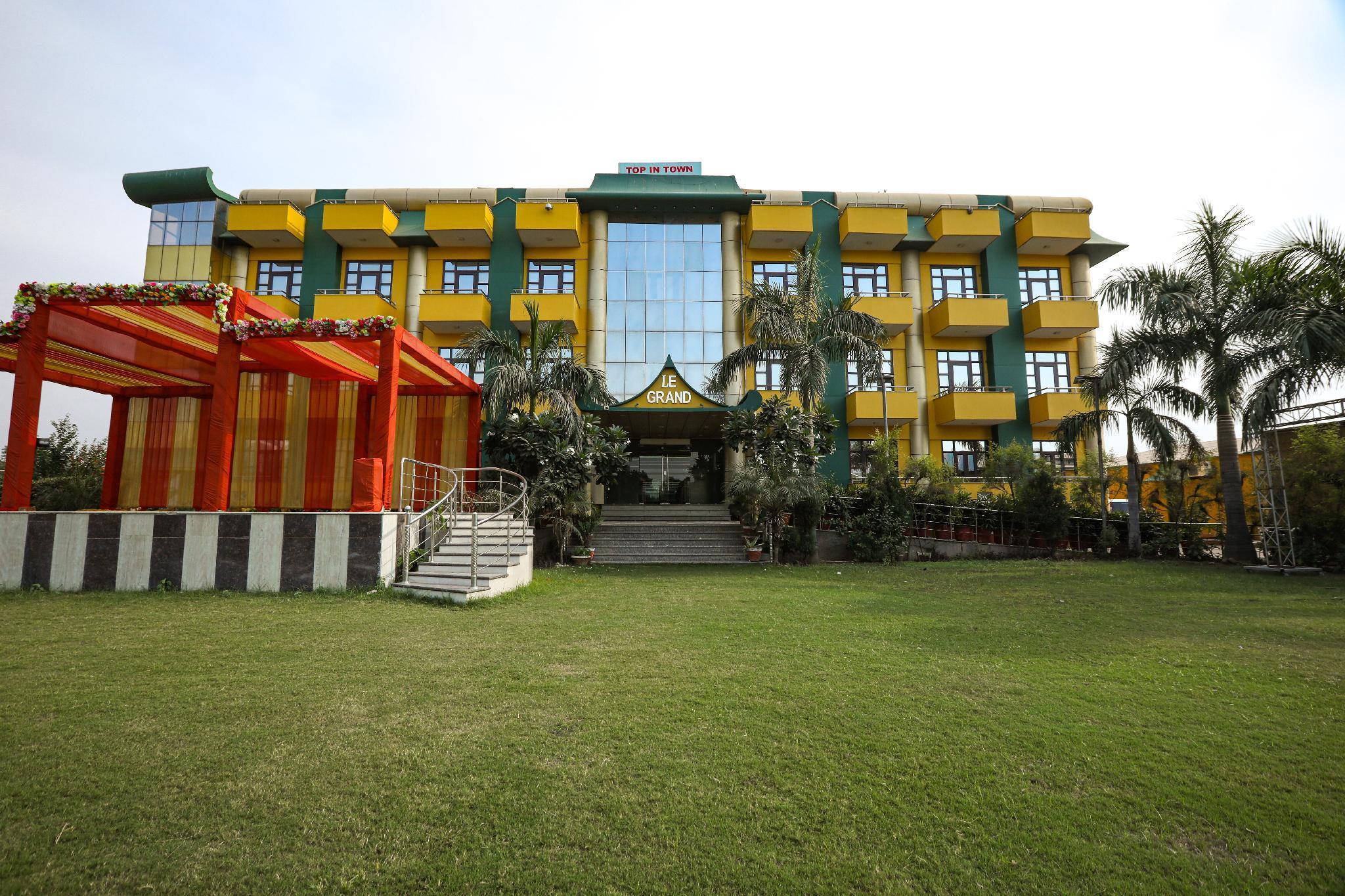 Le Grand Regency Hotel
