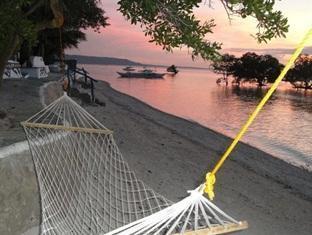 picture 4 of Casa de la Playa Beach Resort