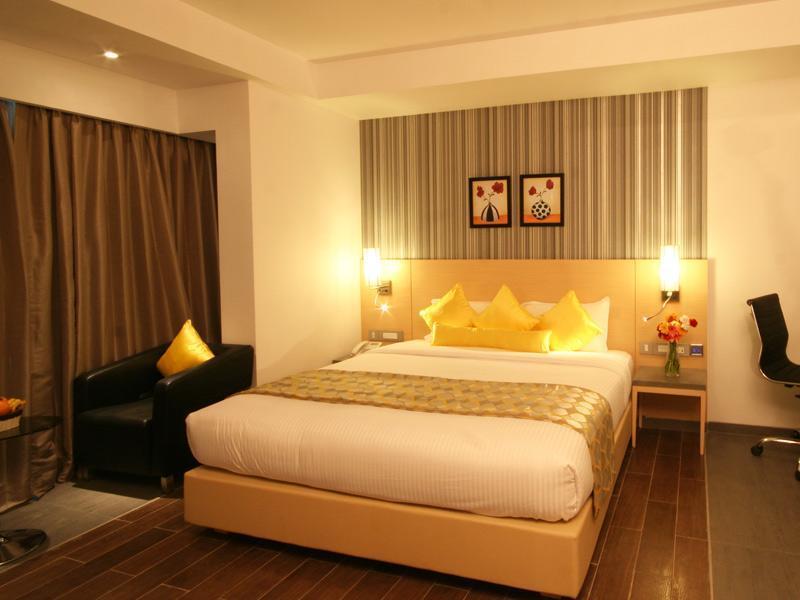 Hotel Landmark Residency