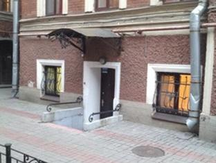 13 Hostel Nevsky Reviews