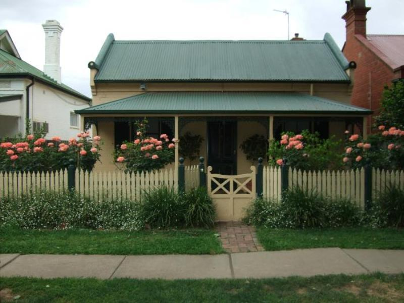 Best Street Bed And Breakfast