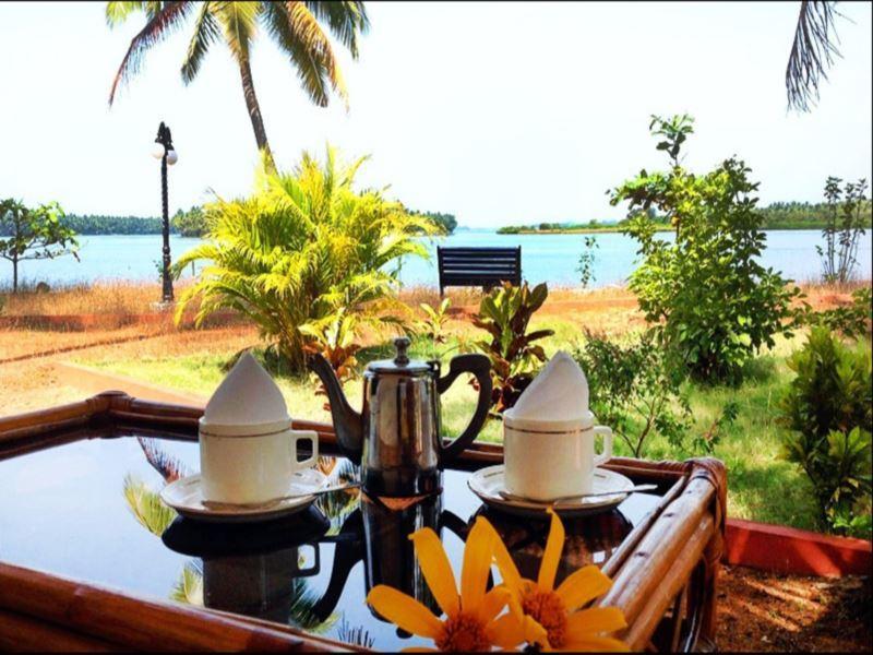 Paradise Lagoon Resort