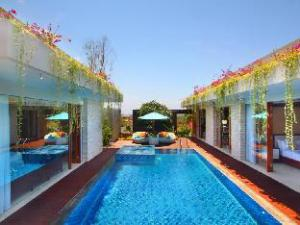 มาเจสติค พอยต์ วิลลา บายพรีเมียร์โฮสปิทาลิตีเอเซีย (Majestic Point Villas by Premier Hospitality Asia)