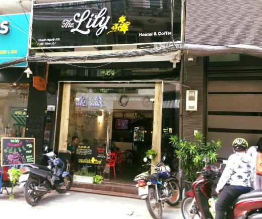 The Lily Hostel & Coffee