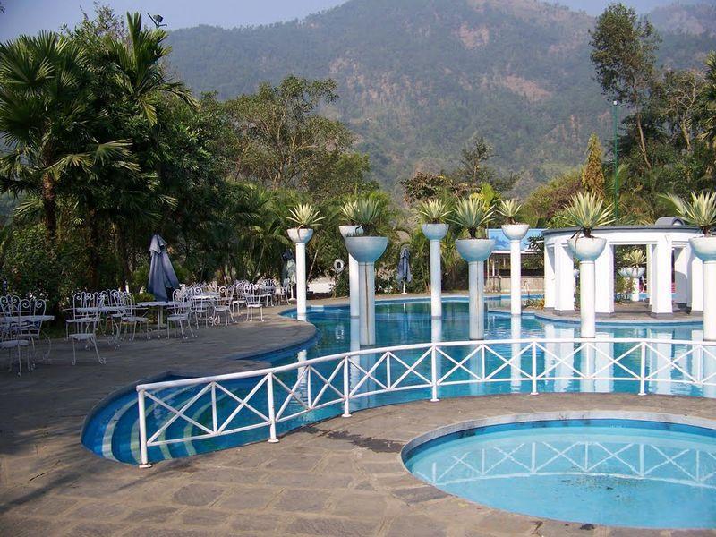 Riverside Spring Resort 4