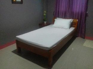 picture 3 of JM Backpackers Hometel