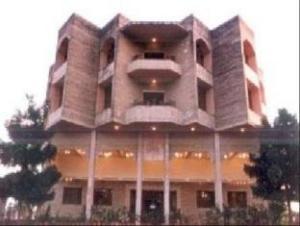 Hotel Surbhi Palace
