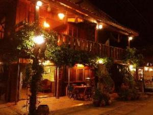 Huan Non Chotika Guest House