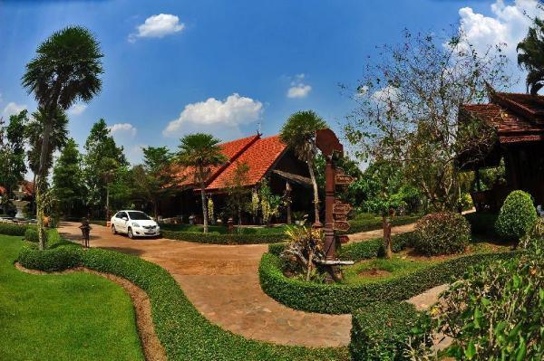 Chuan Thanapanya Resort Sakon Nakhon