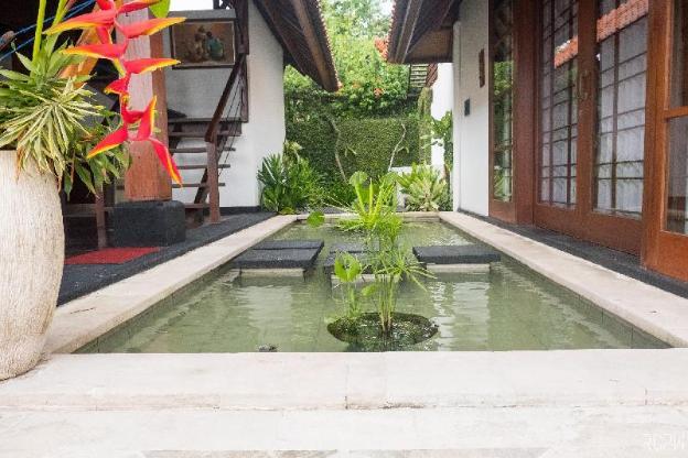Villa Rumah Bunga Saba