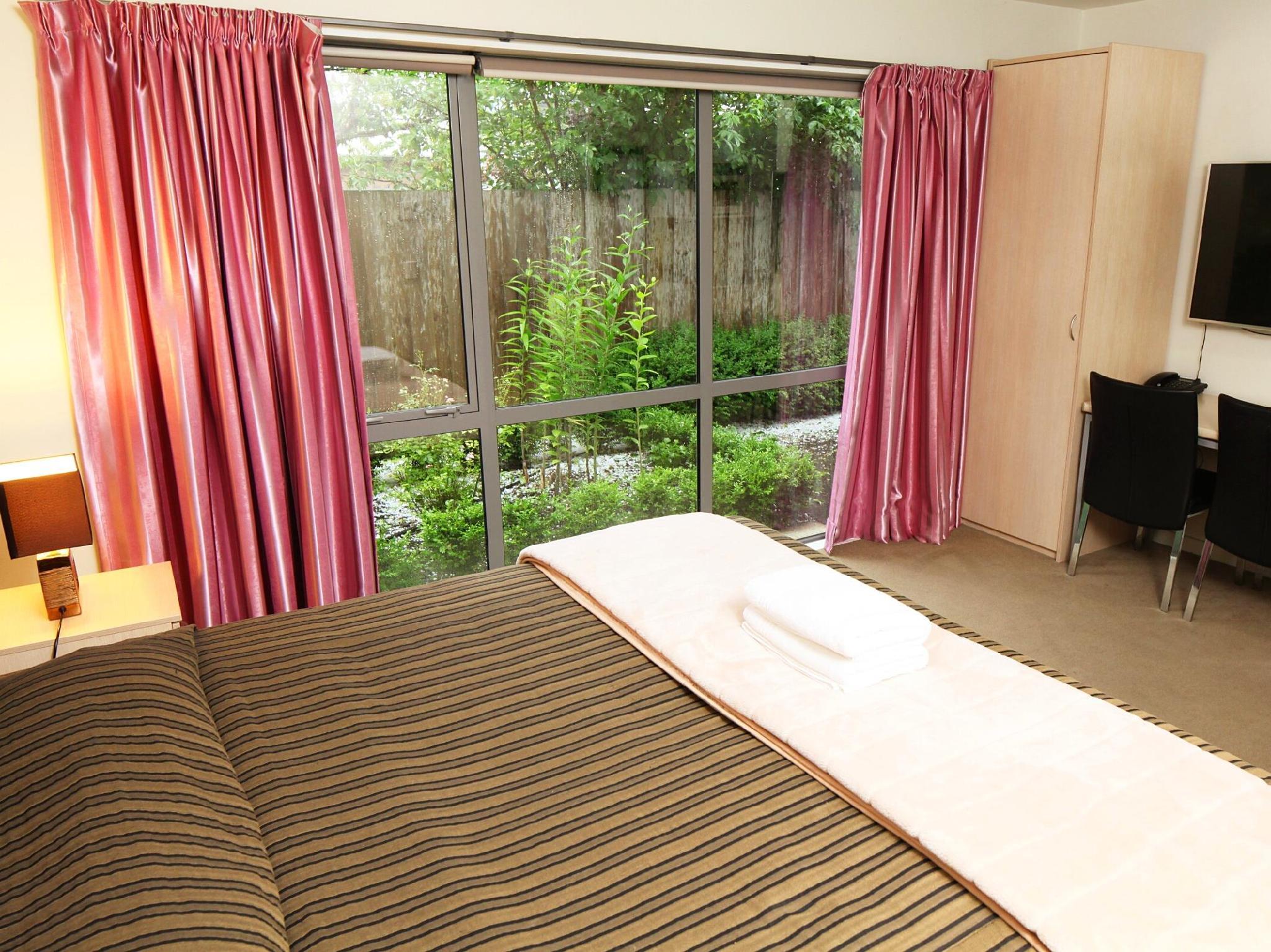 Alpha Motel Luxury Apartments