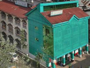 Hotel Ibni Kabeer Srinagar