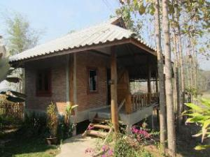 Pai Porpeang  Guesthouse
