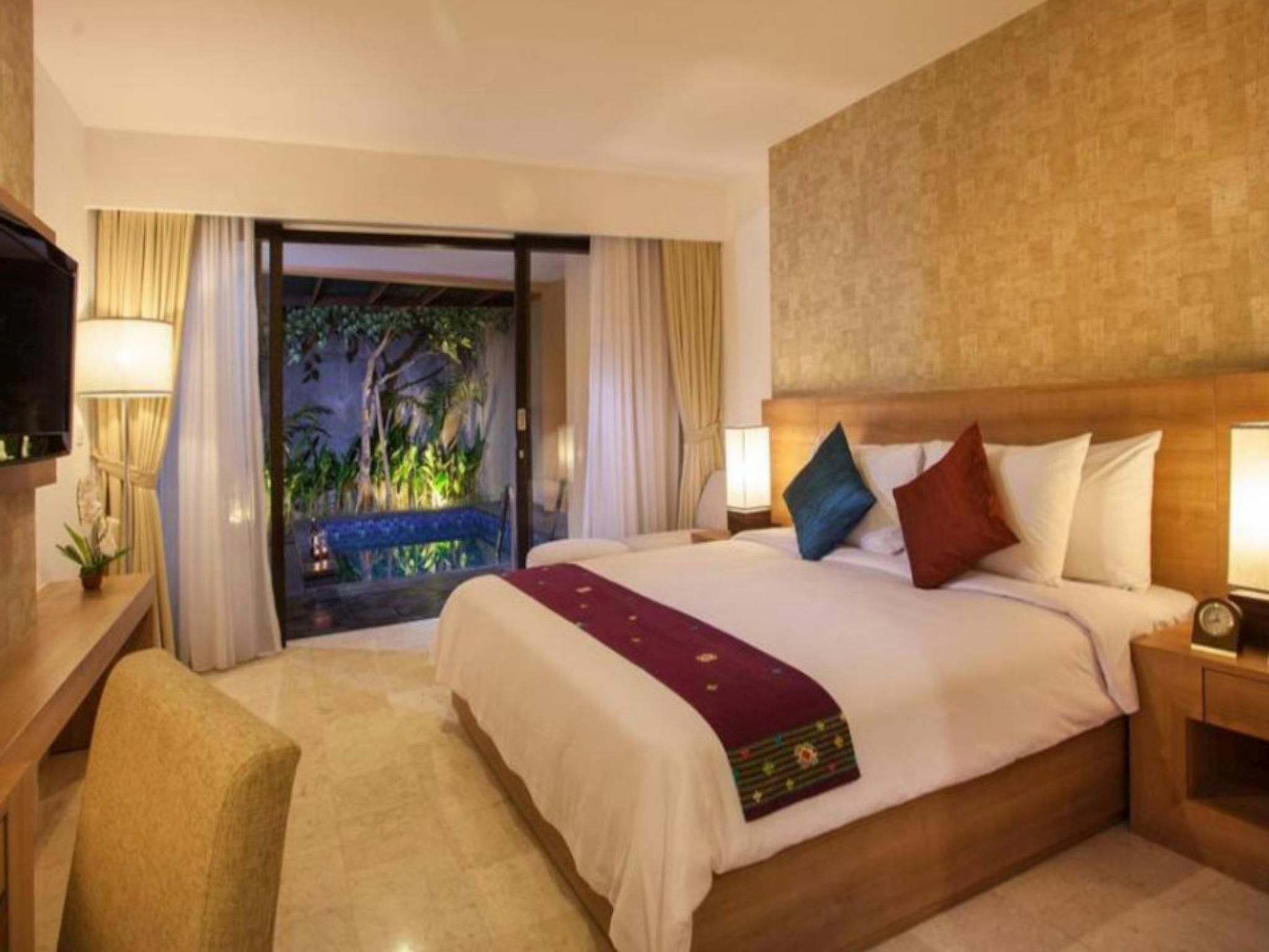 196 Suite Room With Private Pool Close To Airport