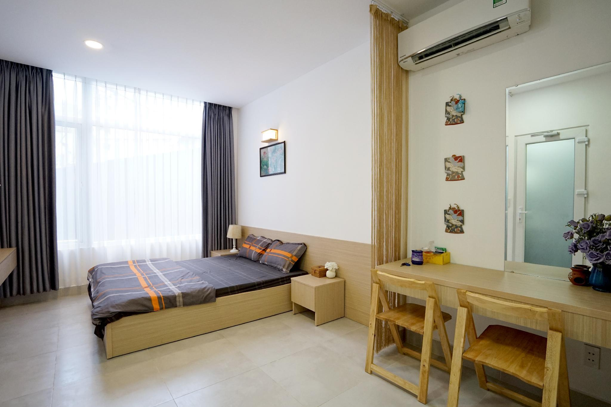 01 Spacious Studio At Bui Vien  Kitchen And Washer