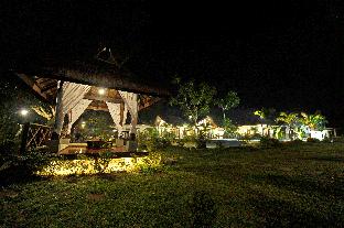 picture 5 of Rose Villas Resort