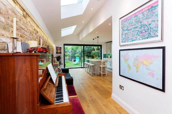 Hampstead Heath Family Home London