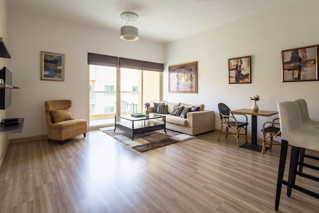 Beautiful + Spacious 1BR In The Greens