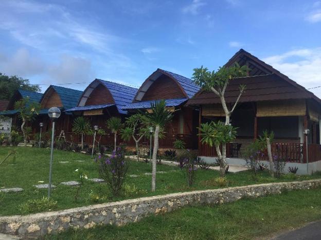 Tanah Penida Bungalow & Resto #2