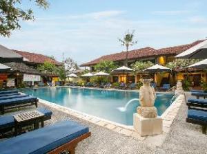 (Legian Paradiso Hotel)