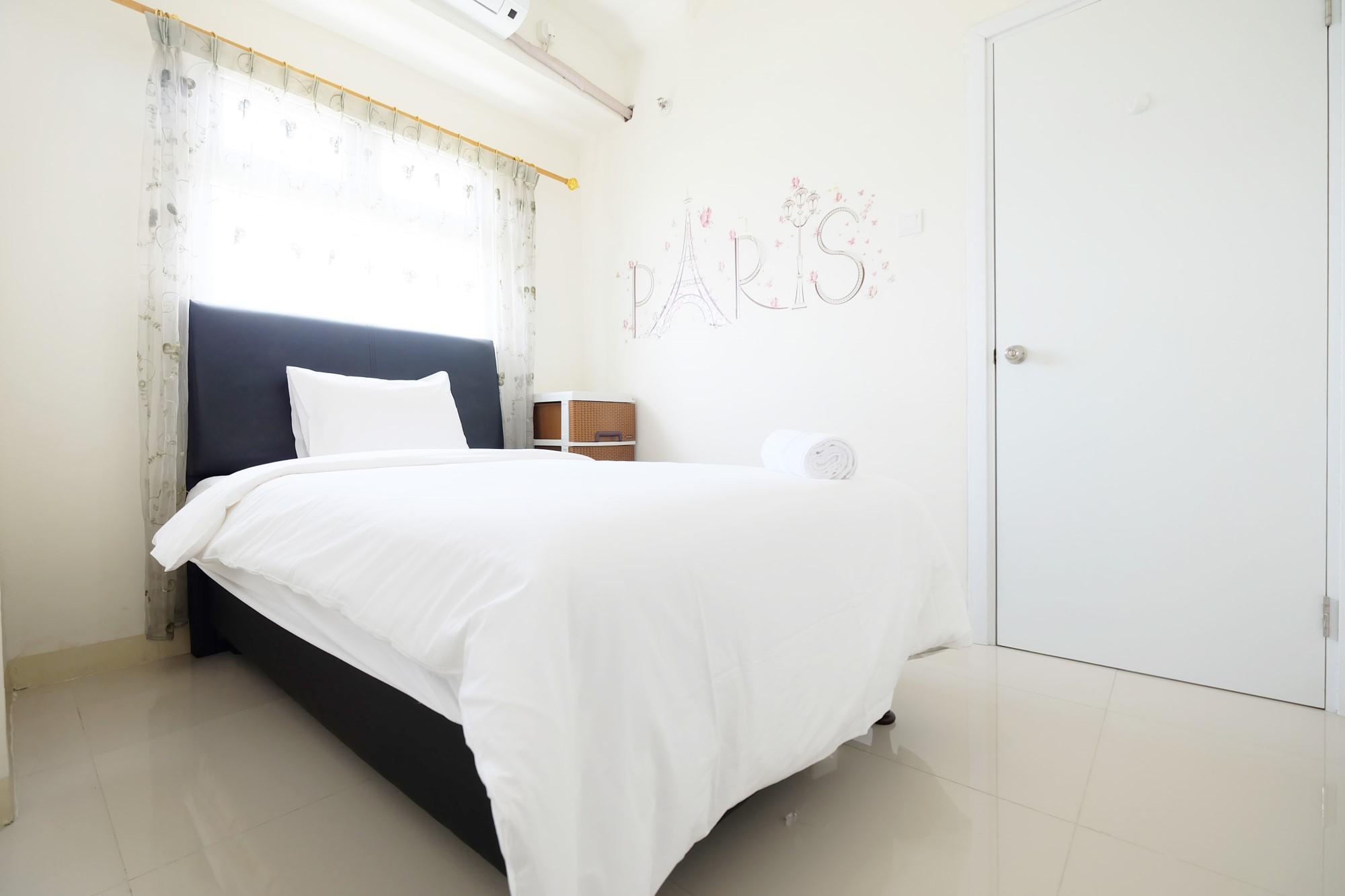 Comfortable 2BR Green Pramuka Apt By Travelio