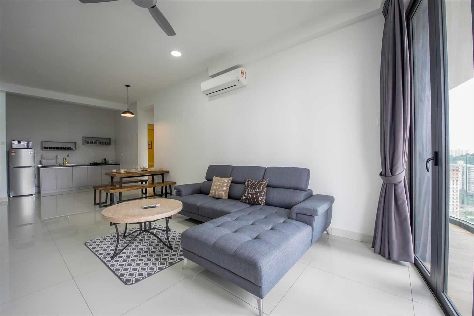 3 Bedrooms Arte S Condo @ Free High Speed Wifi