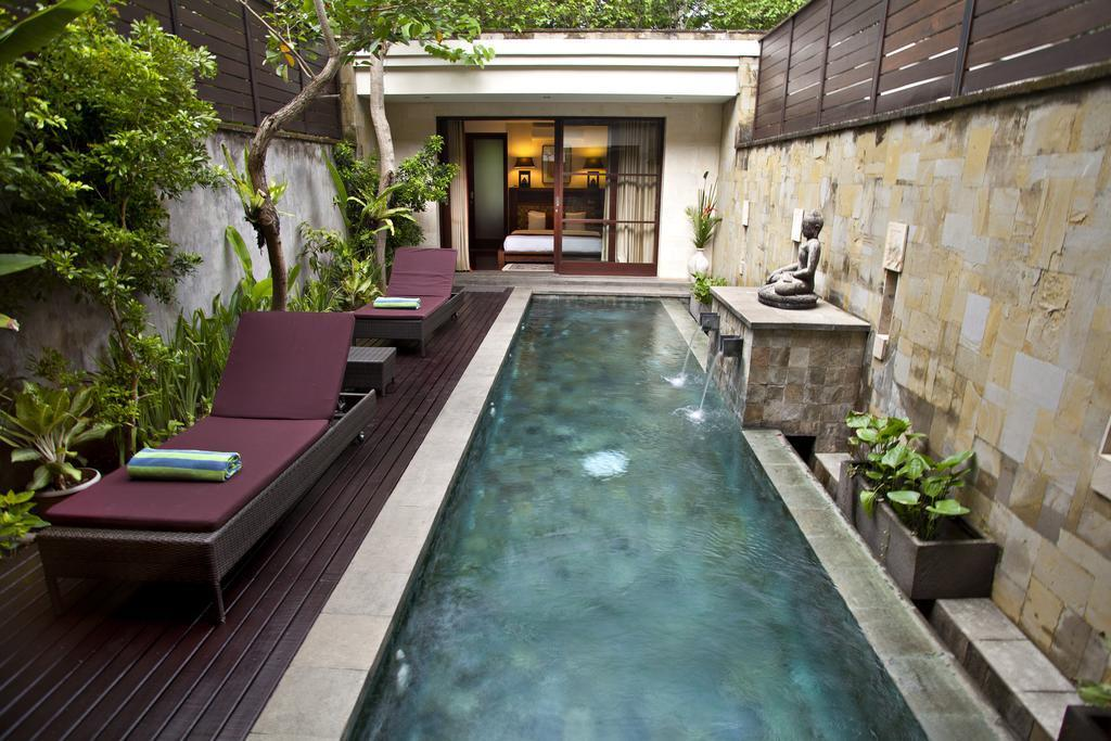 2 BDR Luxury Villa Near GWK Culture Park