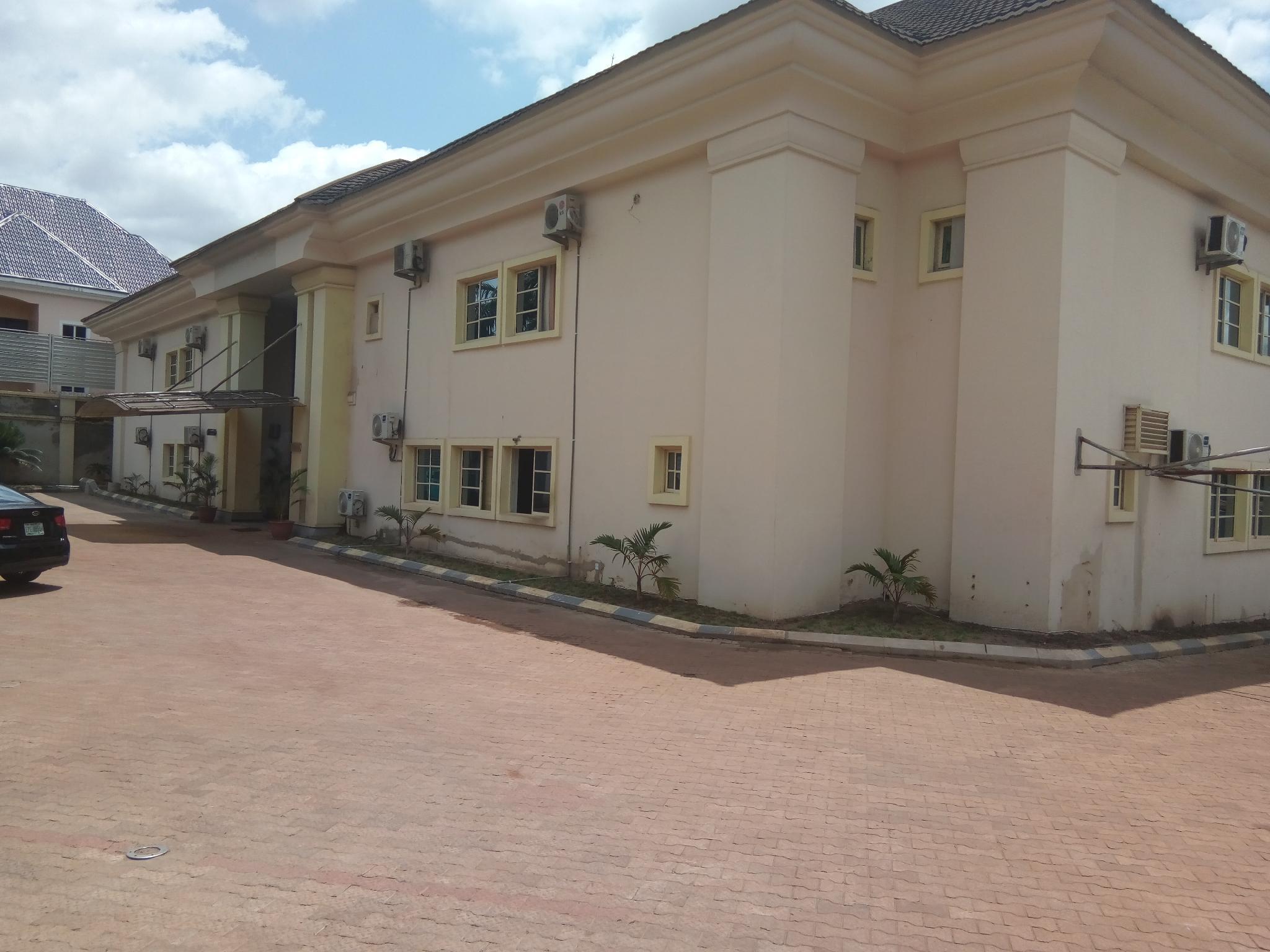 Eden Crest Hotel And Resort