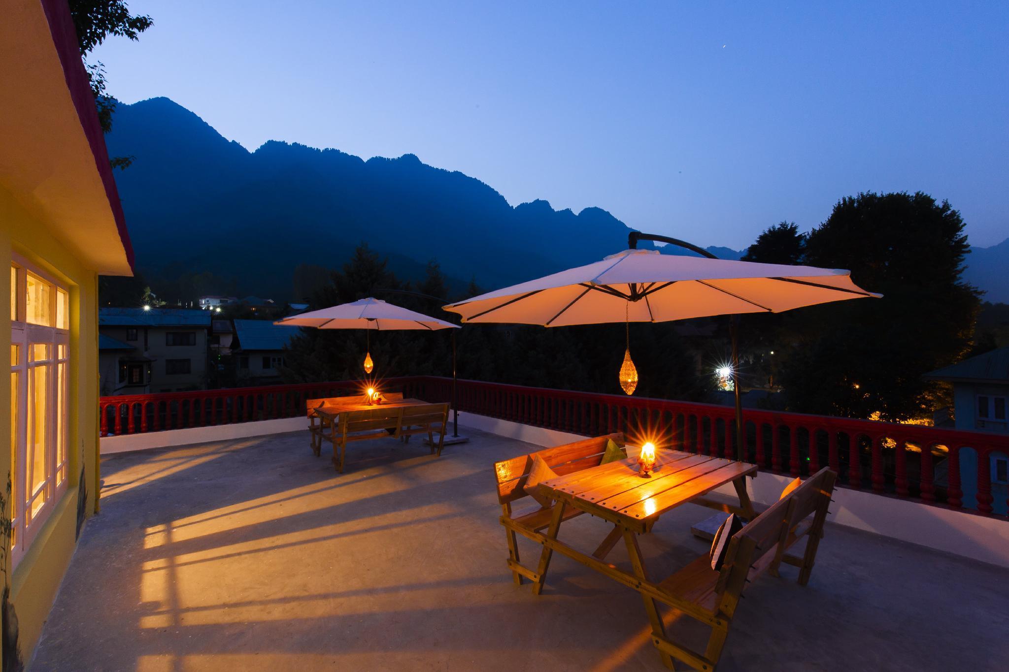 Zostel Srinagar