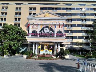 チャリーナ ホテル Chaleena Hotel