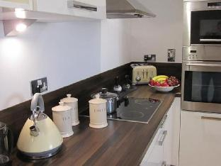 Фото отеля CityStay - Warren Close Apartments