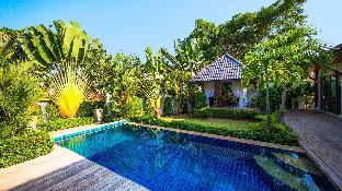 3 Bedrooms + 3 Bathrooms Villa in Rawai - 31957257