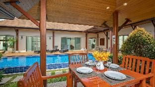 3 Bedrooms + 3 Bathrooms Villa in Rawai - 61368867