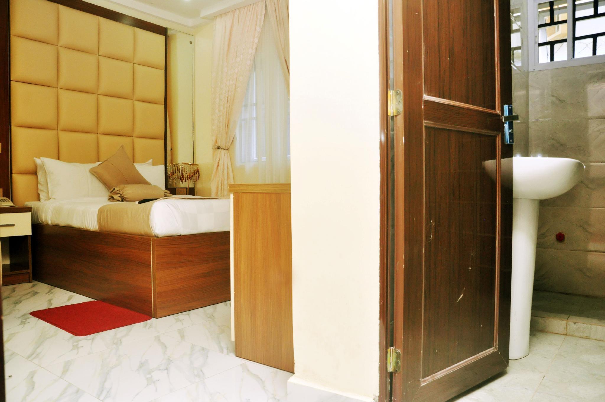 BoardWalk Hotels Zone 5