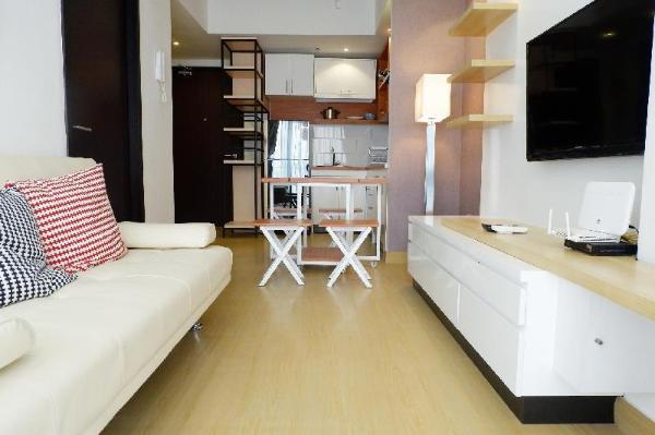 Futuristic 1BR Casa De Parco Apartment By Travelio Tangerang