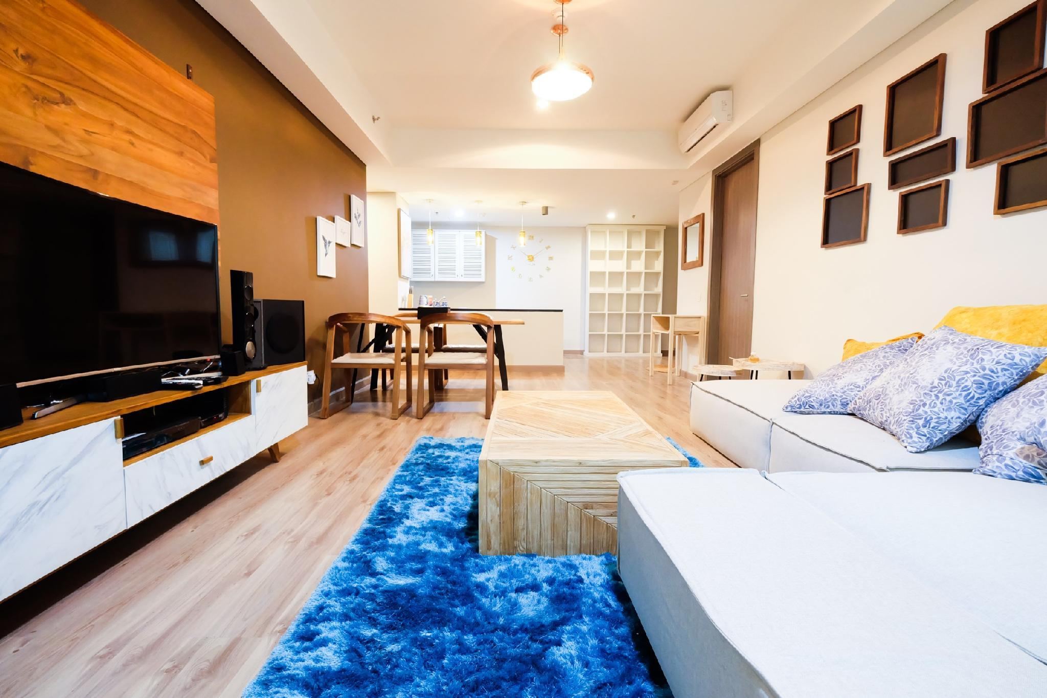 Luxurious 2BR St Moritz Puri Apartment By Travelio