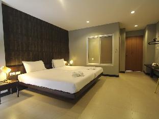 Patong Palm Resort ป่าตอง ปาล์ม รีสอร์ต