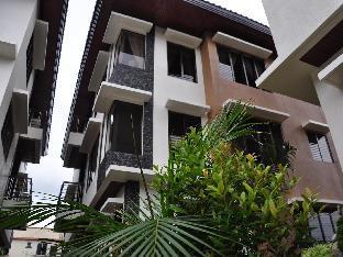 Hassaram Courtyard Hotel