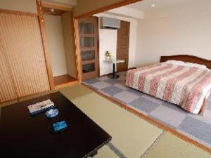 Maholova Minds Miura Resort
