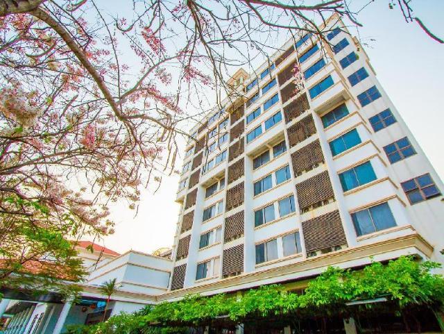 โรงแรมพิจิตร พลาซา – Pichit Plaza Hotel