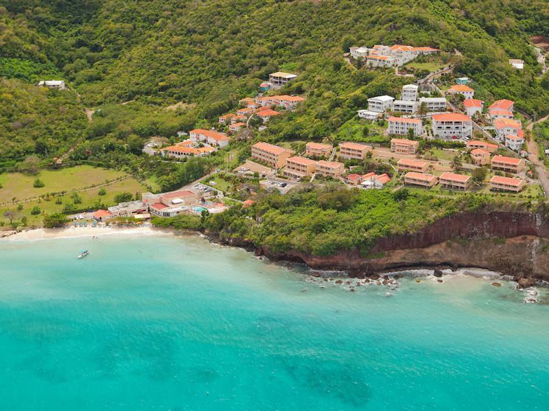Flamboyant Hotel And Villas